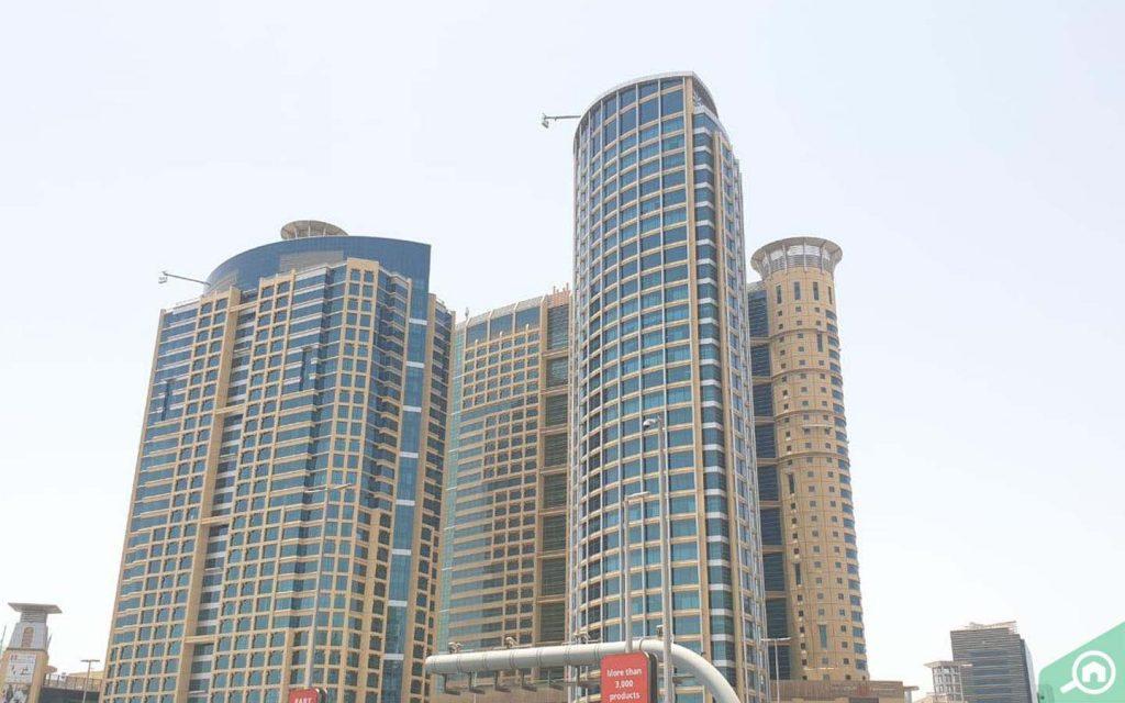 مباني شاهقة الارتفاع