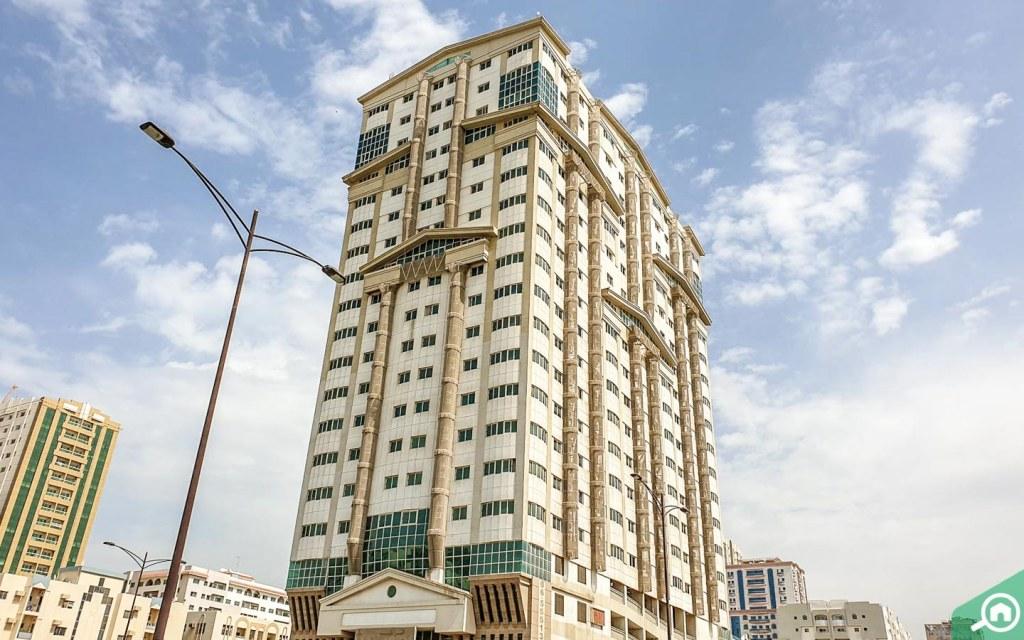 مبنى سكني في ابو دنق
