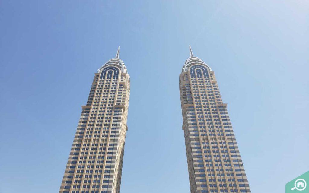 commercial buildings in DIC