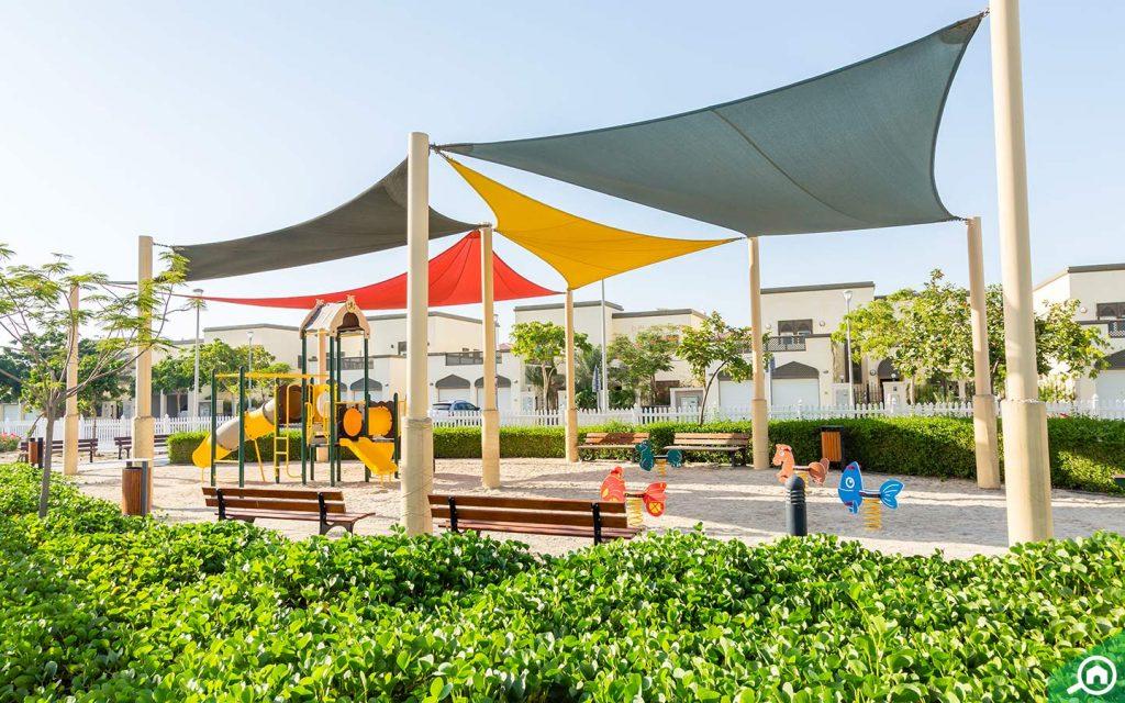 park near jumeirah islands