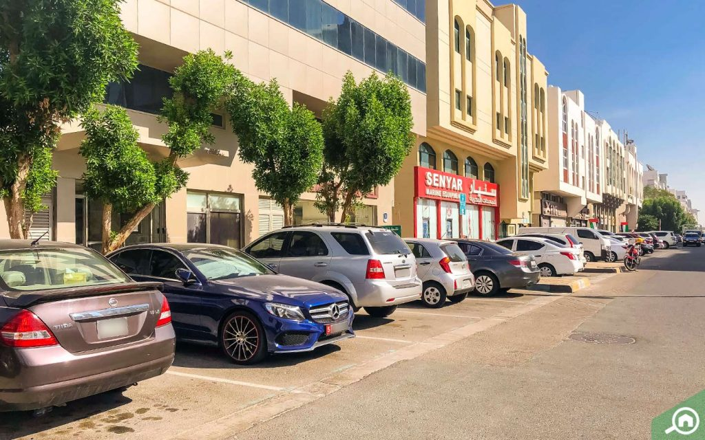 apartments for rent on al salam street