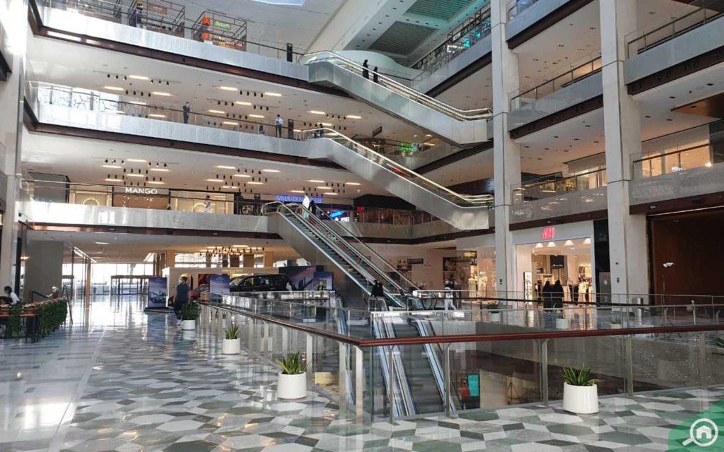 galleria mall near saadiyat beach