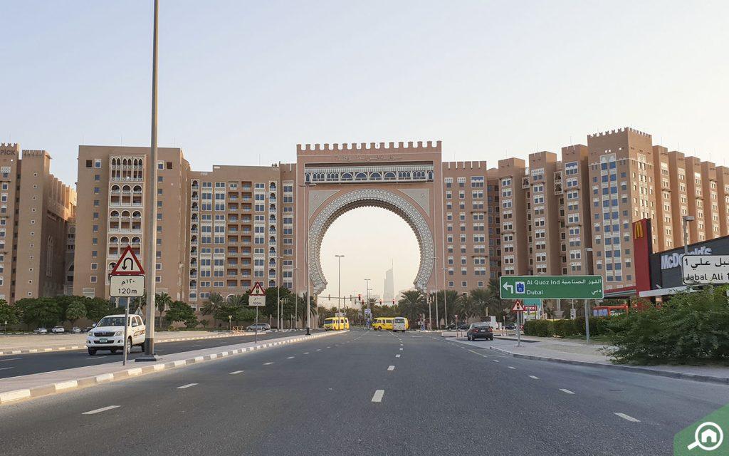 ibn battuta gate, jebel ali village