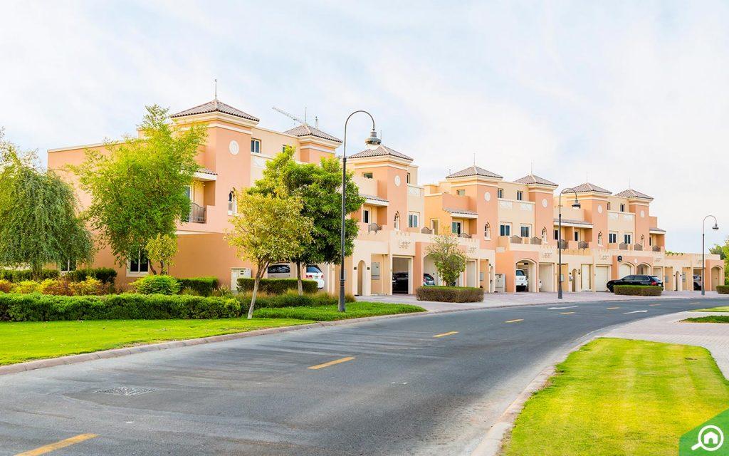 villas in victory heights