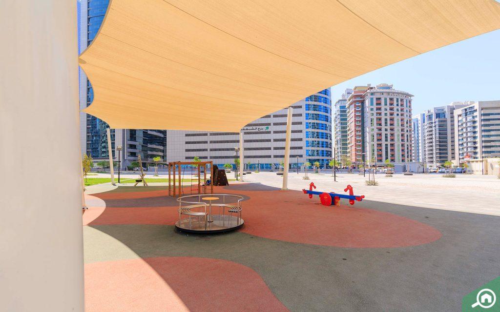 مساحة لعب مخصصة للأطفال