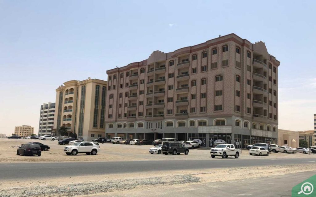 parking facilities outside al maqtaa UAQ buildings