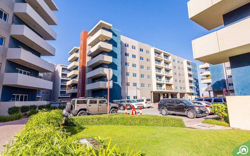apartments in al reef downtown abu dhabi