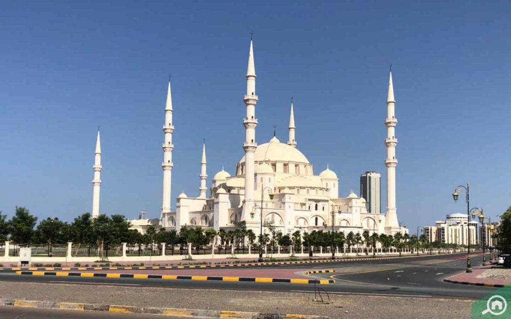 مسجد الشيخ زايد في الفجيرة