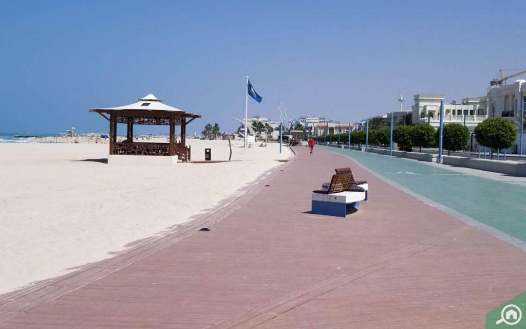 beaches near umm suqeim 2